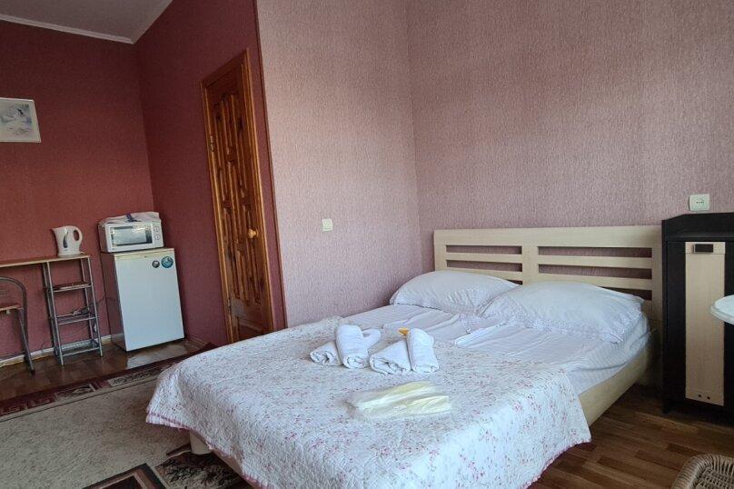 """Гостевой дом """"Мурена"""", Гвардейская улица, 28 на 15 комнат - Фотография 30"""