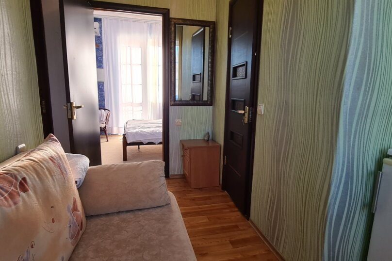 """Гостевой дом """"Мурена"""", Гвардейская улица, 28 на 15 комнат - Фотография 44"""