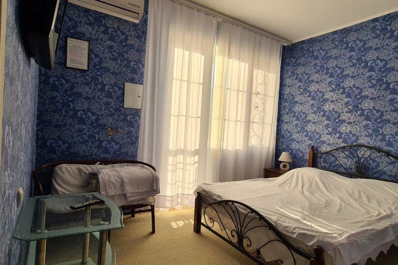 """Гостевой дом """"Мурена"""", Гвардейская улица, 28 на 15 комнат - Фотография 65"""