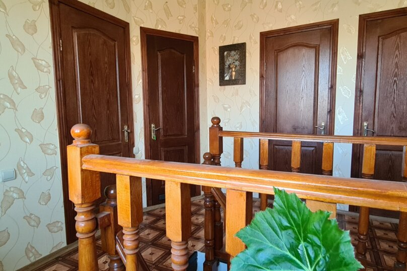 """Гостевой дом """"Мурена"""", Гвардейская улица, 28 на 15 комнат - Фотография 74"""