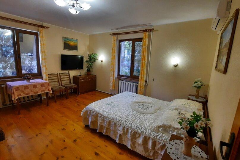 Дом 50 кв. м, 50 кв.м. на 5 человек, 2 спальни, Севастопольское шоссе, 8Ж, Алупка - Фотография 4