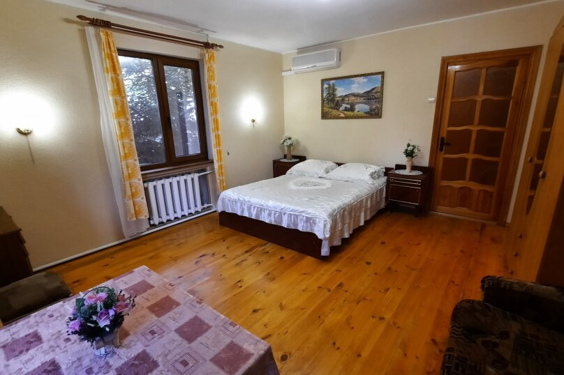 Дом 50 кв. м, 50 кв.м. на 5 человек, 2 спальни, Севастопольское шоссе, 8Ж, Алупка - Фотография 6