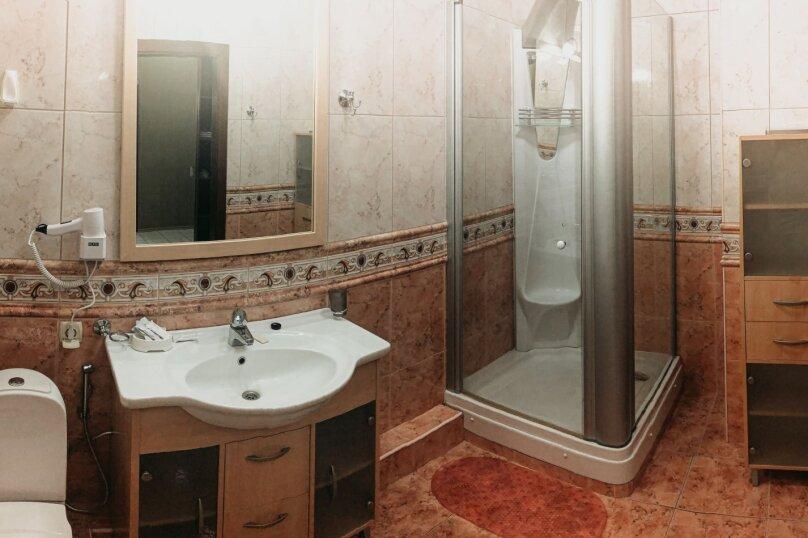 Апартаменты с балконом (QDPL), набережная имени Ленина, 13, Ялта - Фотография 2