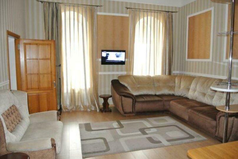 Апартаменты с балконом (QDPL), набережная имени Ленина, 13, Ялта - Фотография 12