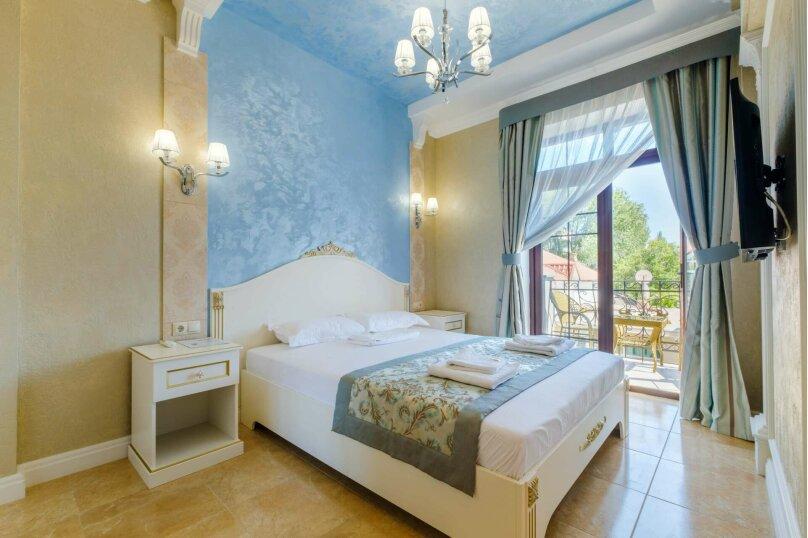 Комфорт двухместный с балконом, улица Первушина, 5А, Феодосия - Фотография 1