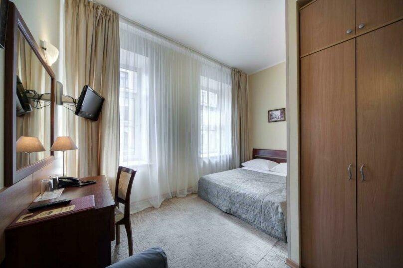 Небольшой двухместный номер с 1 кроватью, улица Маяковского, 50, Санкт-Петербург - Фотография 1