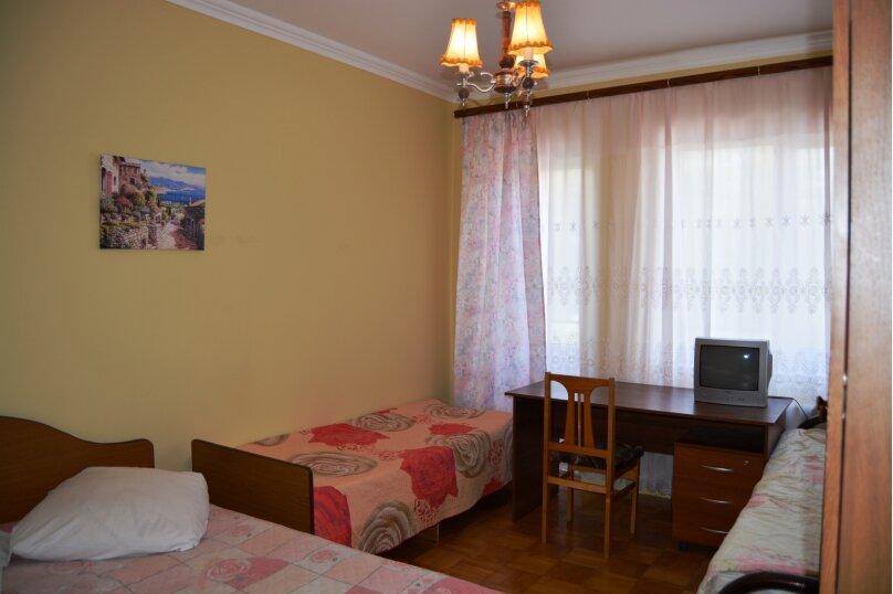 Часть дома в центре города Анапа с отдельным входом, 90 кв.м. на 10 человек, 4 спальни, Терская улица, 21, Анапа - Фотография 19