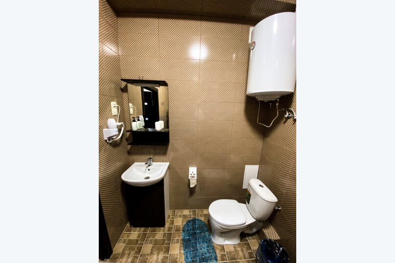 "Апартаменты ""На Сенявина, 5"", улица Сенявина, 5 на 30 комнат - Фотография 8"
