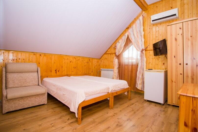 """Гостевой дом """"Лилия"""", Прибрежный переулок, 1а на 9 комнат - Фотография 37"""