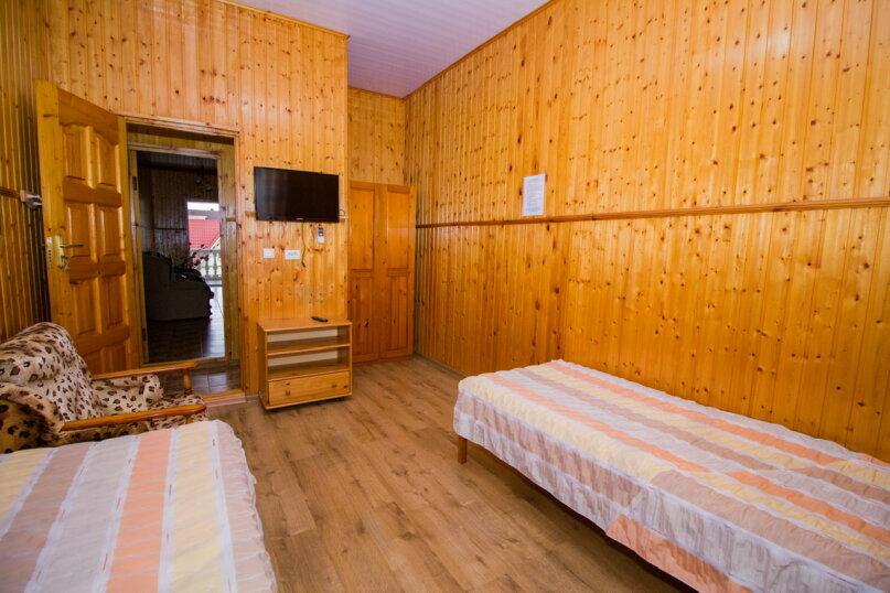 """Гостевой дом """"Лилия"""", Прибрежный переулок, 1а на 9 комнат - Фотография 11"""