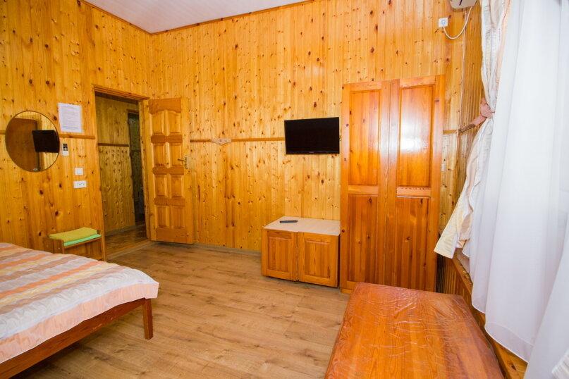 """Гостевой дом """"Лилия"""", Прибрежный переулок, 1а на 9 комнат - Фотография 13"""