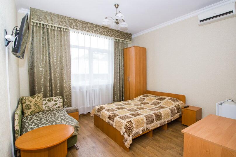 """Гостевой дом """"Лилия"""", Прибрежный переулок, 1а на 9 комнат - Фотография 56"""