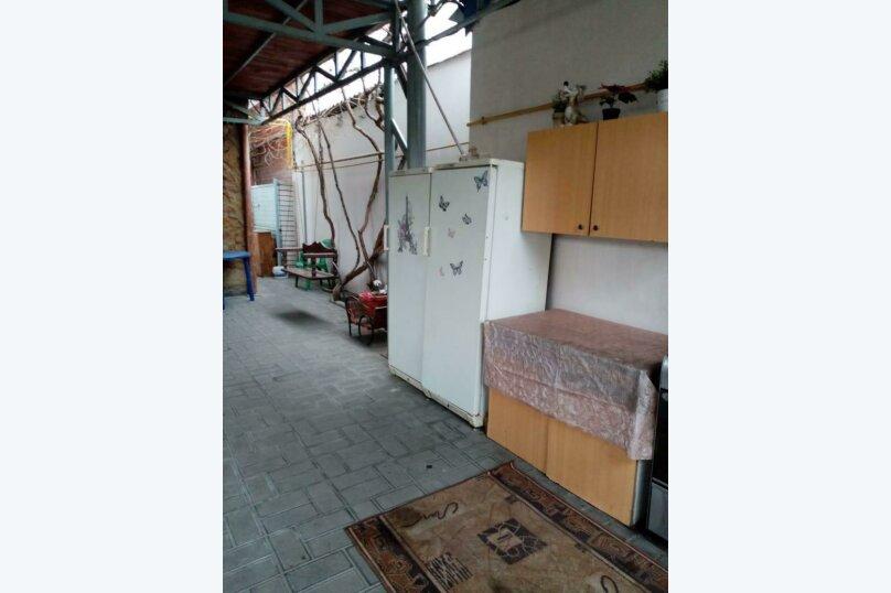 "Гостевой дом ""Анапский дворик"", улица Самбурова, 119А на 10 комнат - Фотография 7"