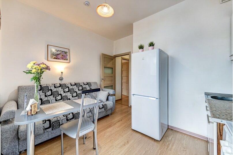 1-комн. квартира, 35 кв.м. на 4 человека, улица Адмирала Черокова, 22, Санкт-Петербург - Фотография 13