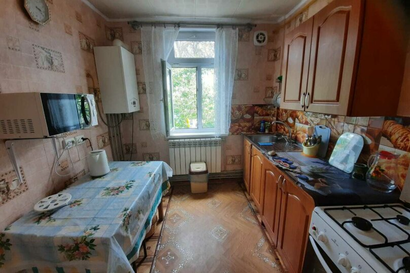 Уютный дом, 3 спальни, до 6 человек, 70 кв.м. на 6 человек, 3 спальни, Виноградная улица, 1, Судак - Фотография 7