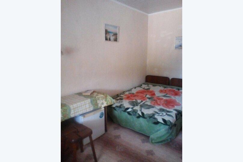 Трехместный номер с 1 двуспальной и 1 односпальной кроватями, Ленинградская улица, 41, Дагомыс - Фотография 1