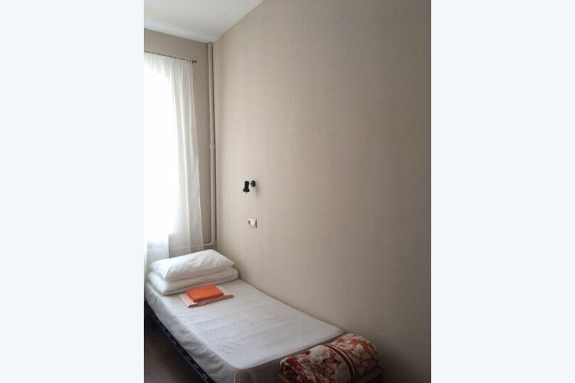 Гостевой дом, Пушкинская улица, 14 на 8 комнат - Фотография 15