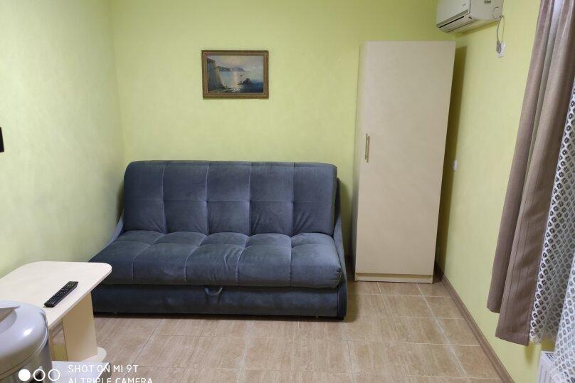 Семейный двухкомнатный номер, улица Партизана Сысоева, 9, Судак - Фотография 1