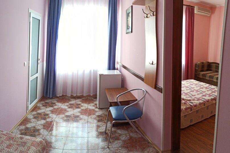 """Гостевой дом """"У моря"""", улица Академика В.В. Шулейкина, 2В на 10 комнат - Фотография 40"""