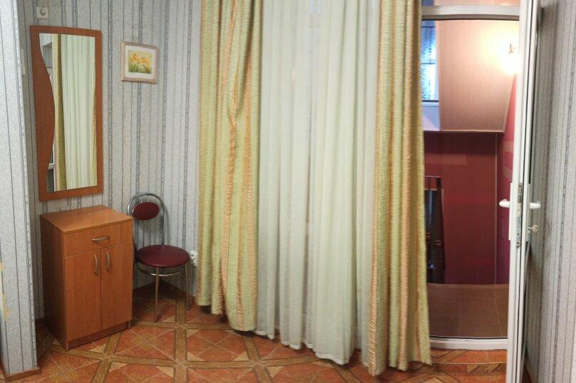 """Гостевой дом """"У моря"""", улица Академика В.В. Шулейкина, 2В на 10 комнат - Фотография 59"""