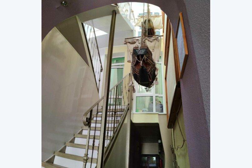 """Гостевой дом """"У моря"""", улица Академика В.В. Шулейкина, 2В на 10 комнат - Фотография 11"""