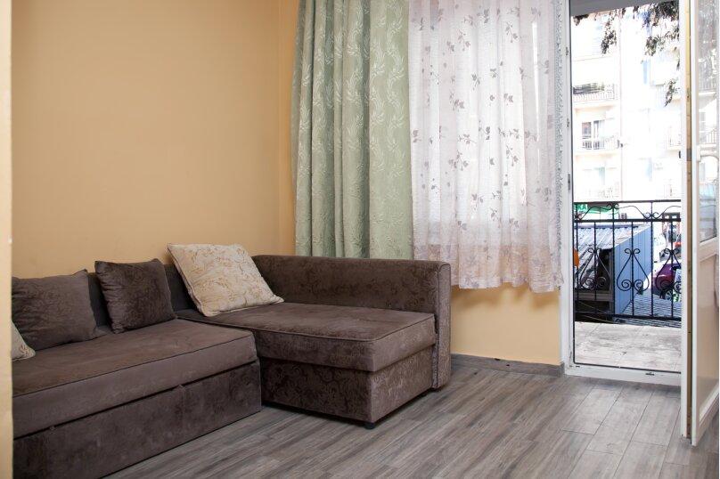 """Гостевой дом """"GREEN guest house"""", улица Тюльпанов, 4Г на 8 комнат - Фотография 41"""