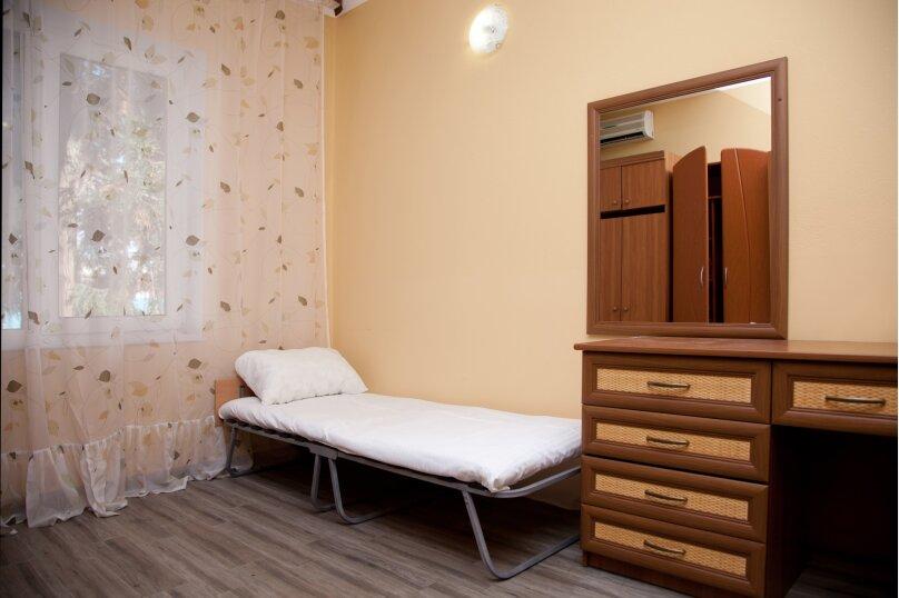 """Гостевой дом """"GREEN guest house"""", улица Тюльпанов, 4Г на 8 комнат - Фотография 45"""