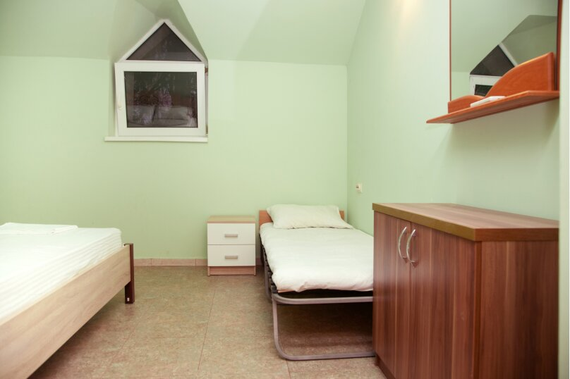 """Гостевой дом """"GREEN guest house"""", улица Тюльпанов, 4Г на 8 комнат - Фотография 50"""
