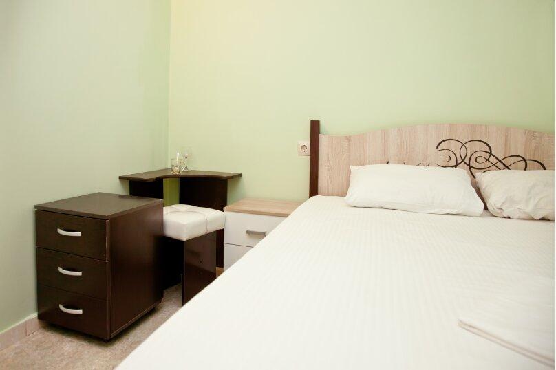 """Гостевой дом """"GREEN guest house"""", улица Тюльпанов, 4Г на 8 комнат - Фотография 52"""