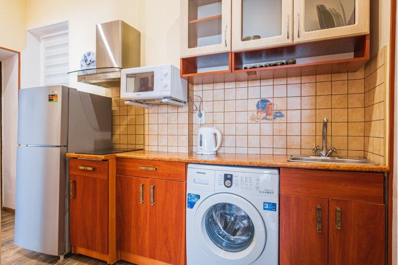 """Гостевой дом """"Крокус"""", Парковый спуск, 32б на 3 комнаты - Фотография 14"""