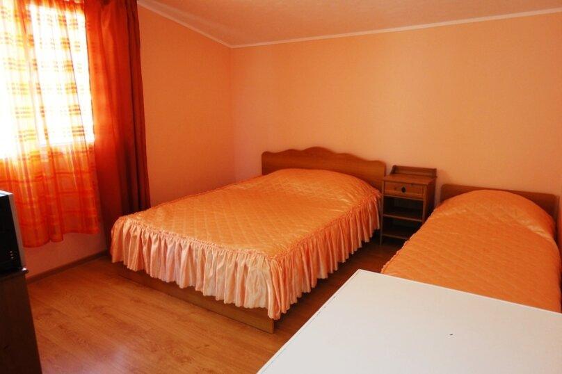 Гостевой дом Солнечный, Таманский проезд, 9 на 12 комнат - Фотография 23