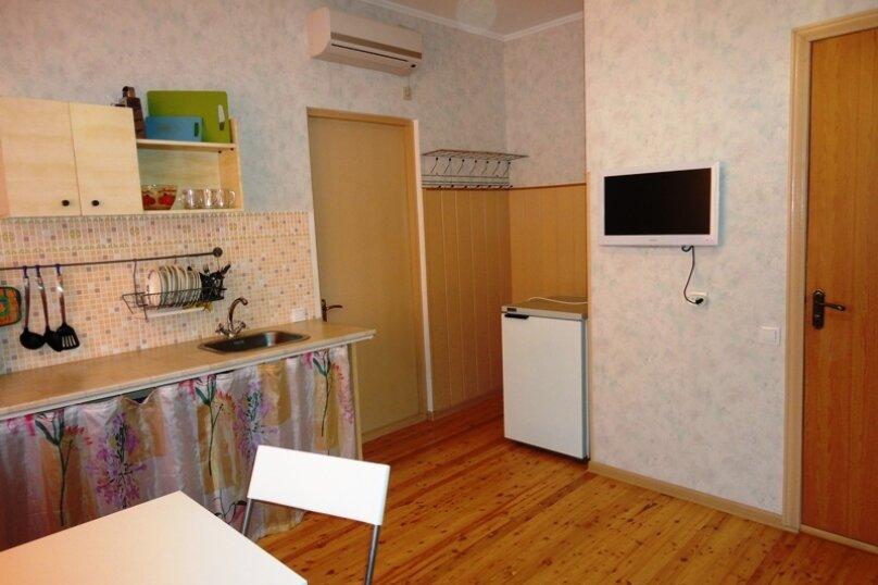 Гостевой дом Солнечный, Таманский проезд, 9 на 12 комнат - Фотография 43