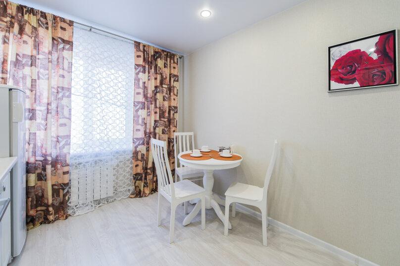 2-комн. квартира, 64 кв.м. на 4 человека, улица Сони Кривой, 26, Челябинск - Фотография 7