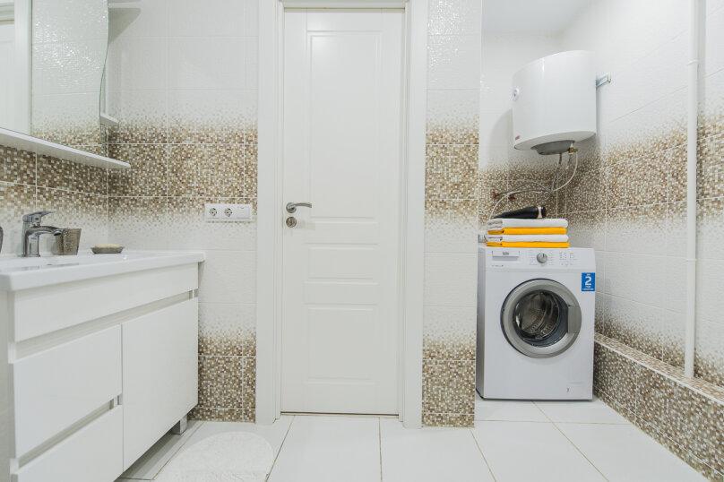 2-комн. квартира, 64 кв.м. на 4 человека, улица Сони Кривой, 26, Челябинск - Фотография 19