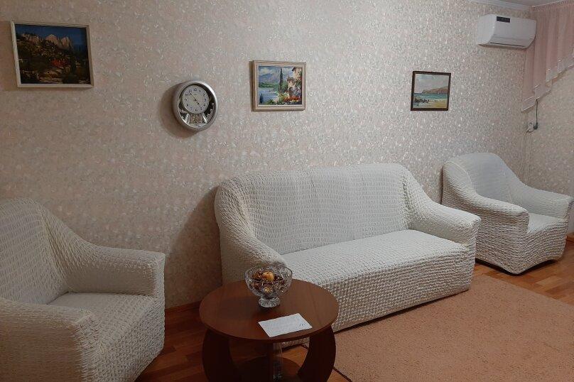 2-комн. квартира, 50 кв.м. на 6 человек, улица Подвойского, 26, Гурзуф - Фотография 1