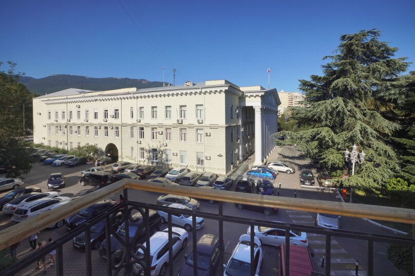 1-комн. квартира, 51 кв.м. на 3 человека, улица Карла Маркса, 9, Ялта - Фотография 1