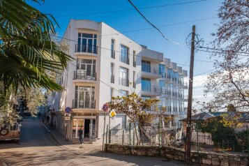 """Мини-отель """"На Дражинского, 13"""", улица Дражинского, 13 на 11 номеров - Фотография 1"""