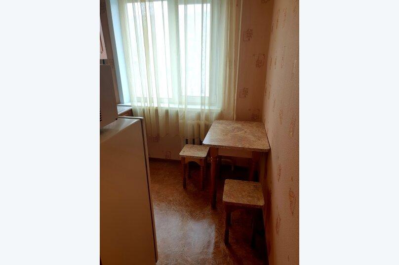 1-комн. квартира, 37 кв.м. на 5 человек, проспект Дзержинского, 17к2, Архангельск - Фотография 5