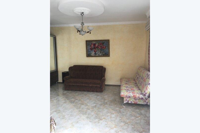 Отдельная комната, Комсомольская улица, 13, Алушта - Фотография 1