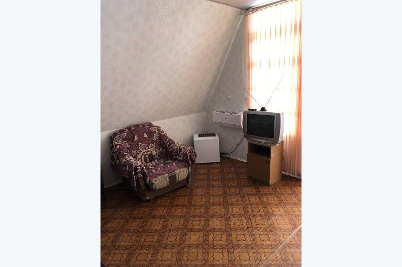 """Гостевой дом """"Аленушка"""", 1-й переулок Сосналиева, 1 на 20 комнат - Фотография 24"""