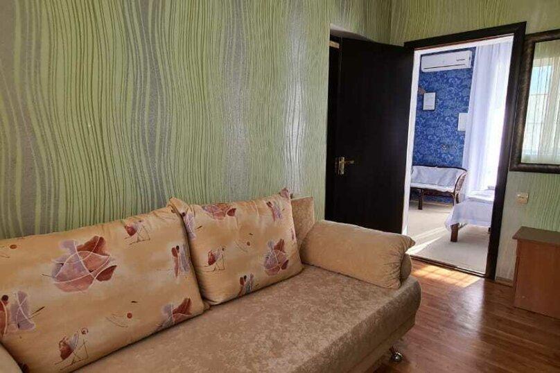 """Гостевой дом """"Мурена"""", Гвардейская улица, 28 на 15 комнат - Фотография 137"""