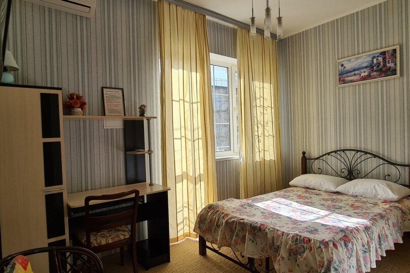 Номер 7, для 1-2 человека, 2 этаж, Гвардейская улица, 28, Алушта - Фотография 1