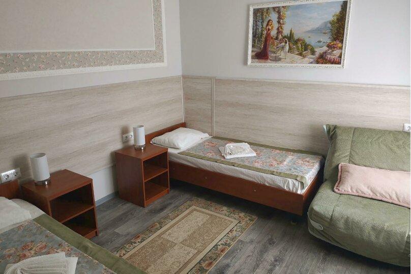 Трехместный номер, улица Самбурова, 211, Анапа - Фотография 1