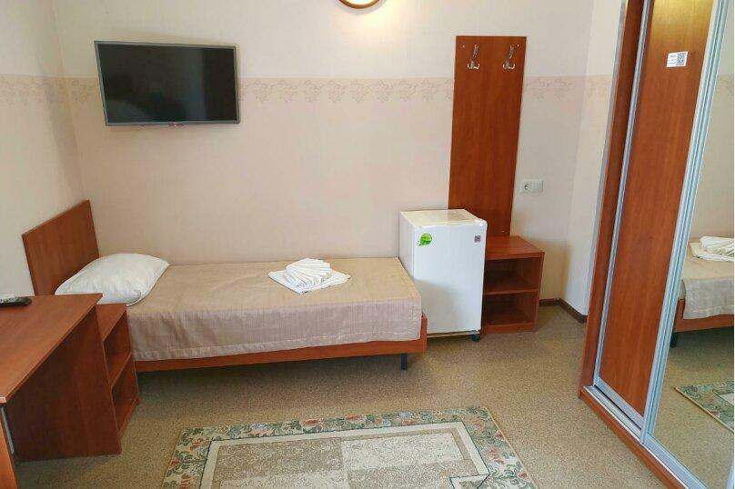 Гостевой дом «РИЧ», улица Самбурова, 211 на 25 комнат - Фотография 24