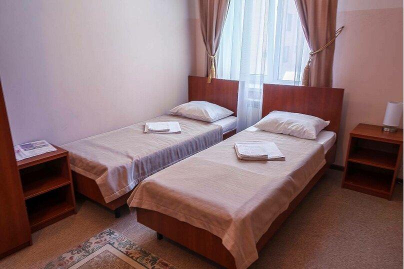 Двухместный номер с 2 отдельными кроватями, улица Самбурова, 211, Анапа - Фотография 1