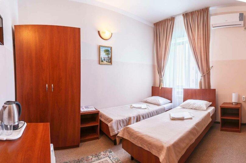 Гостевой дом «РИЧ», улица Самбурова, 211 на 25 комнат - Фотография 15