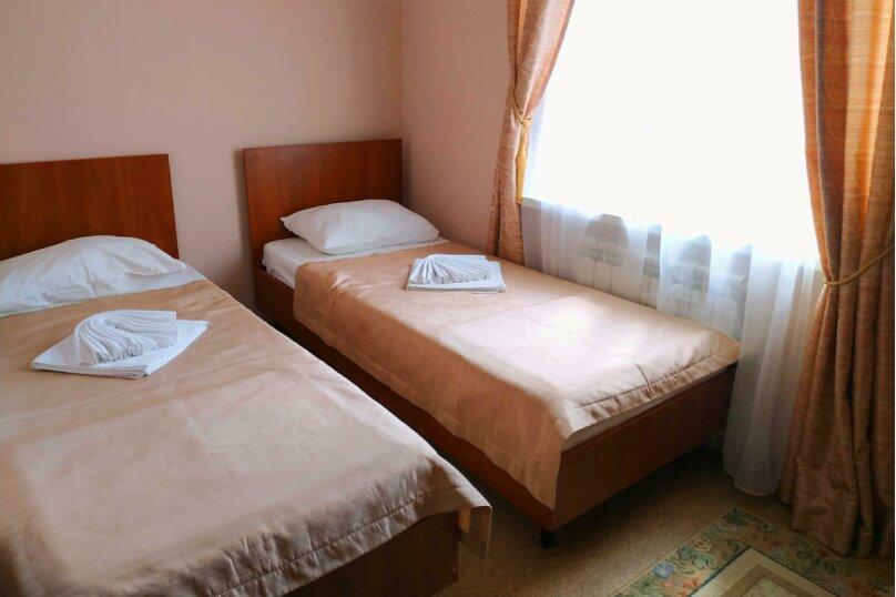 Гостевой дом «РИЧ», улица Самбурова, 211 на 25 комнат - Фотография 16