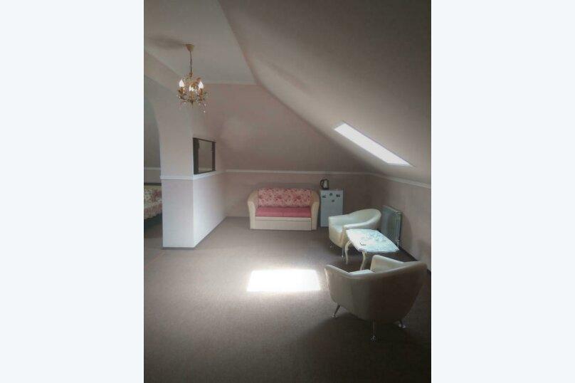 Гостевой дом «РИЧ», улица Самбурова, 211 на 25 комнат - Фотография 43