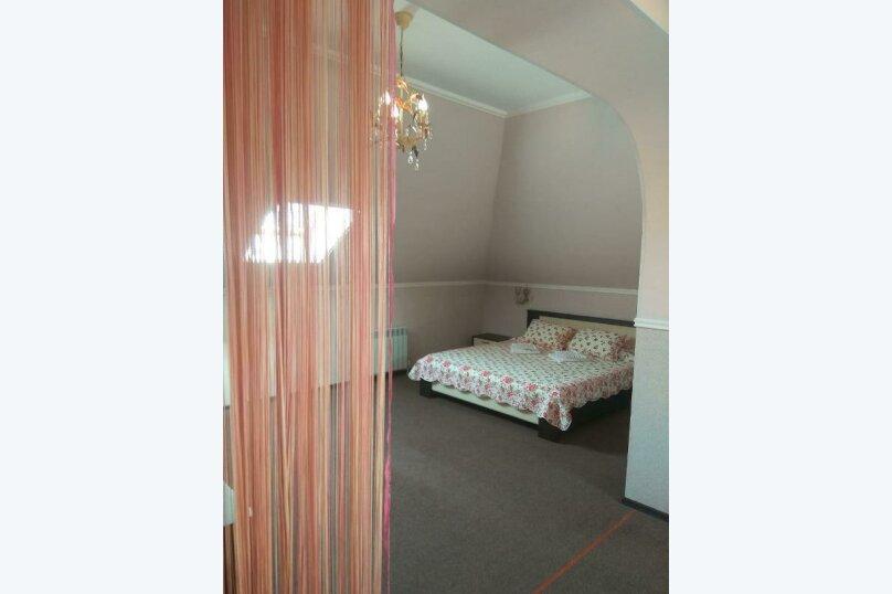 Гостевой дом «РИЧ», улица Самбурова, 211 на 25 комнат - Фотография 44