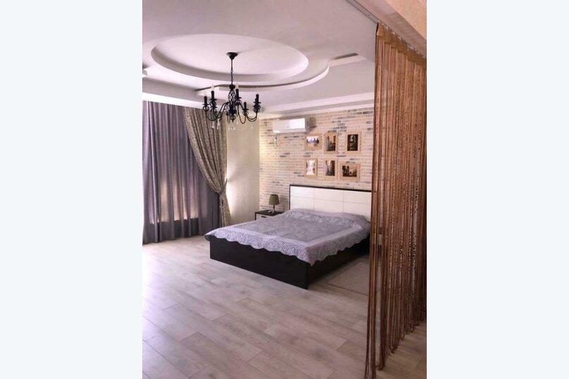 Отдельная комната, улица Самбурова, 211, Анапа - Фотография 1